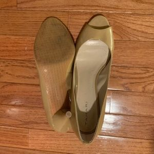 Tahari Shoes - Nude Peep Toe Heel